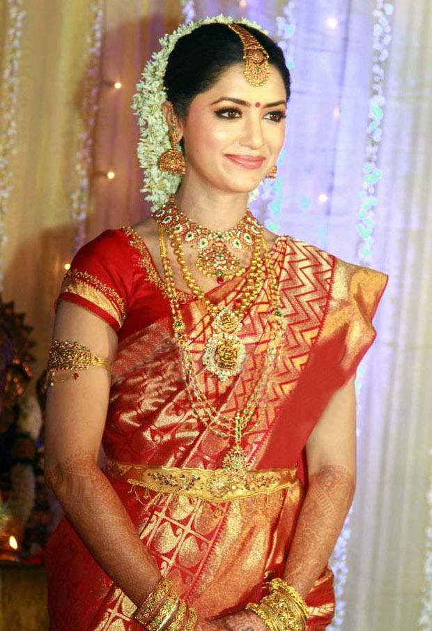 The Indian Wedding Blog: Indian Bridal Jewelry 101