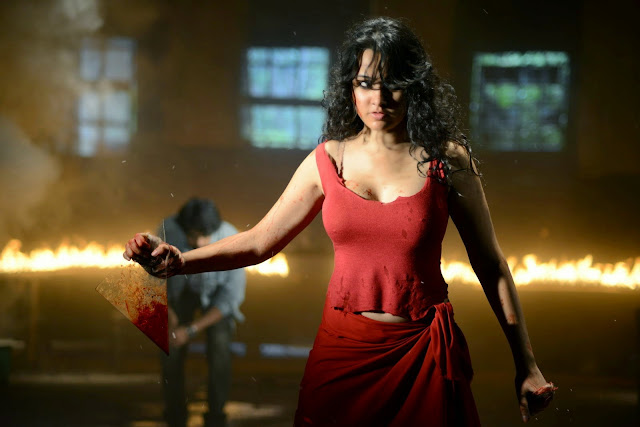 Nisha Kothari Stills From Criminals Movie