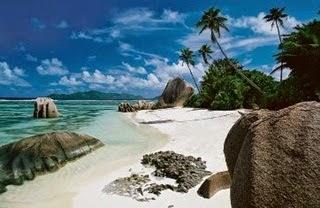 7 Pulau Terindah Di Dunia
