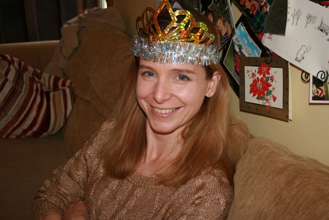 woman new year crown