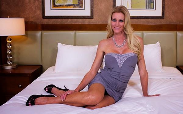 [MomPov] Mallory (45 Year Old Beautiful Kinky Horny MILF ...