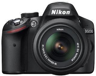 Nikon D3200 tampak depan (front)