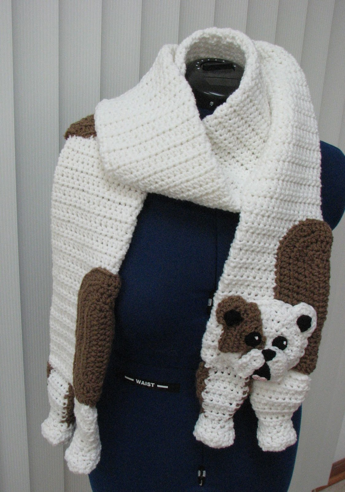 Free Crochet Pattern For Dog Bandana : Donnas Crochet Designs Blog of Free Patterns: Bull Dog ...