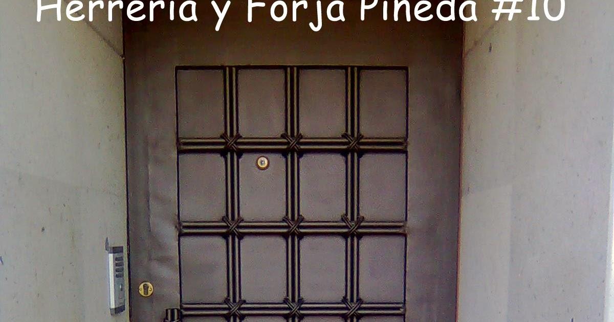 Herreria y forja pineda - Puertas herreria ...