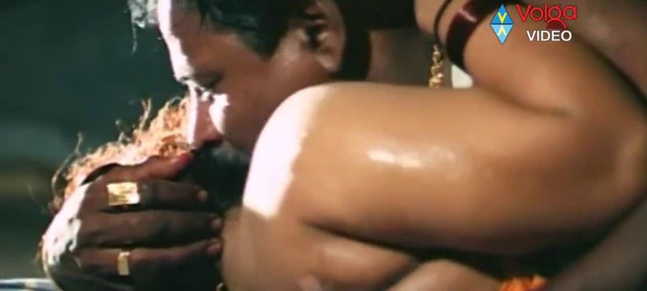 Watch Hot Mallu Movie Manmadhulu Online