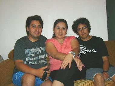 OSWALDO, DINA Y DANIEL