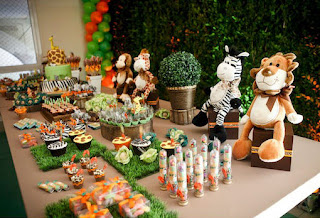 Party Frosting: Zoo/Safari party theme