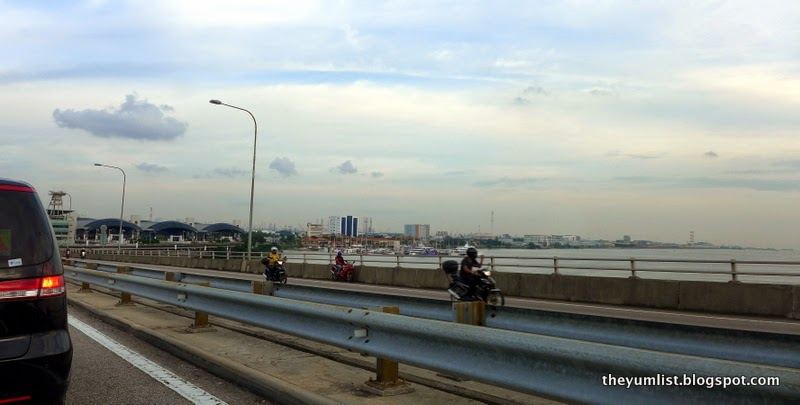 Bridge image of reaching Tuas Check Point, Singapore
