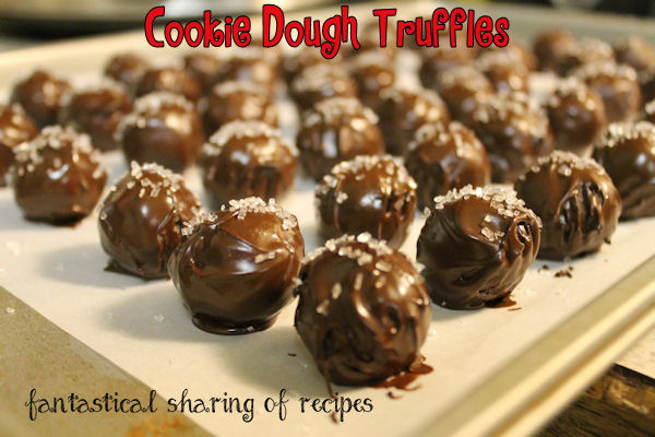 Chocolate Chip Cookie Dough Truffles - divulge your sweet tooth with this safe-to-eat cookie dough treat #dessert #truffles