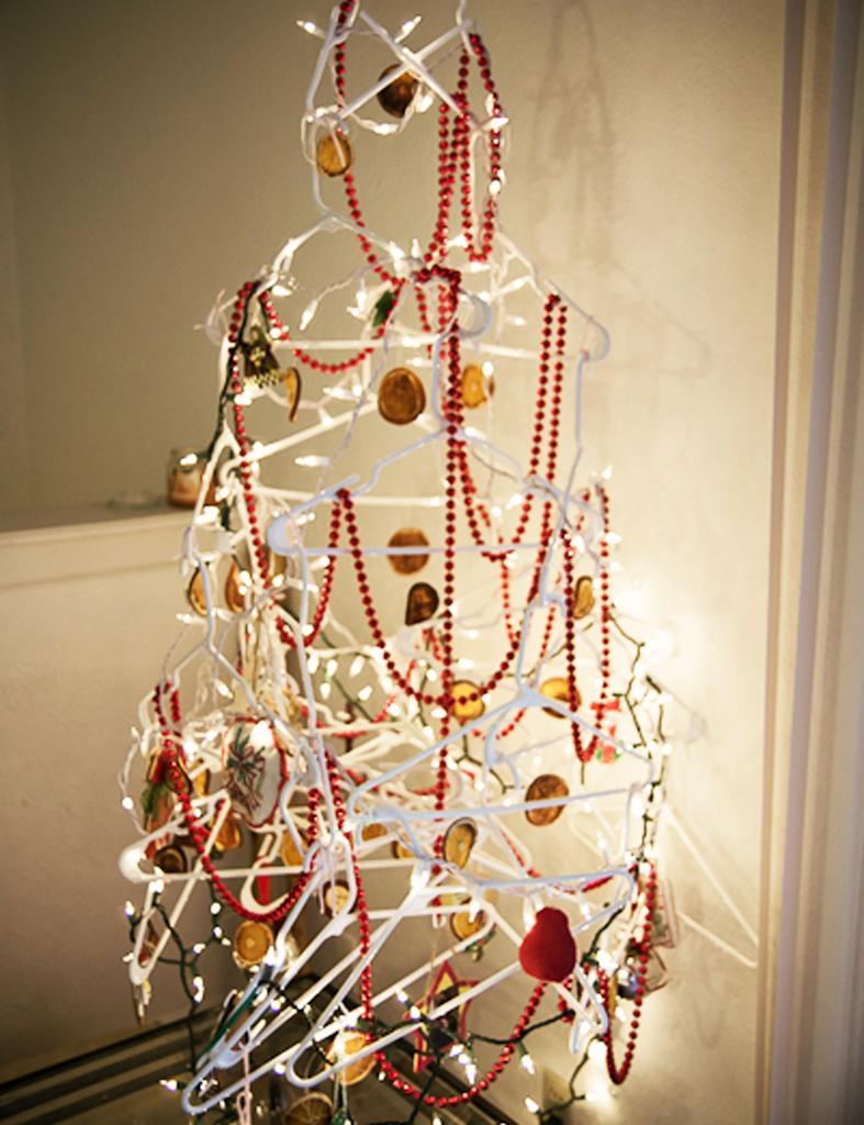 Detallelogia arboles de navidad diy con telas cojines for Decoracion arbol navidad 2016