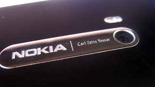 daftar hp nokia berkamera 8 mepa piksel, tipe nokia 8mp camera, semua jenis handphone layar sentuh qwerty slide merk nokia yang kameranya 8MP