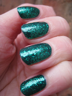 Posh-Polish-Mermaid-Glitter-Nails