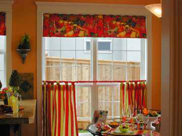 Interior design decorating ideas modern kitchen curtains for Kitchen window curtains