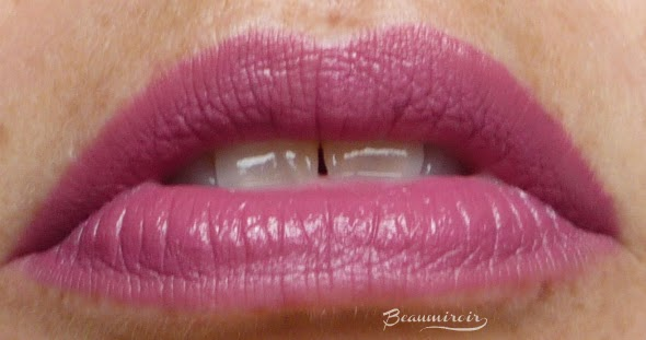 Too Faced Melted Liquified Long Wear Lipstick in Melted Fig: lip swatch warm light