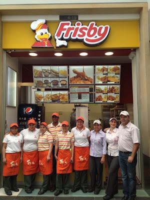 Frisby-abre-nuevo-punto-plazoleta-comidas-centro-comercia-Andino