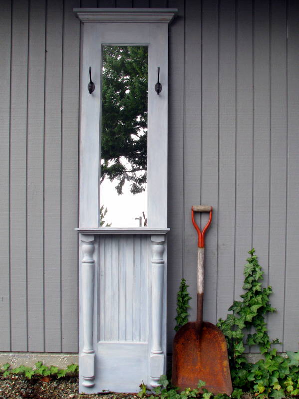 Blue Roof Cabin Re Purpose A Door Into A Hall Tree Amp More
