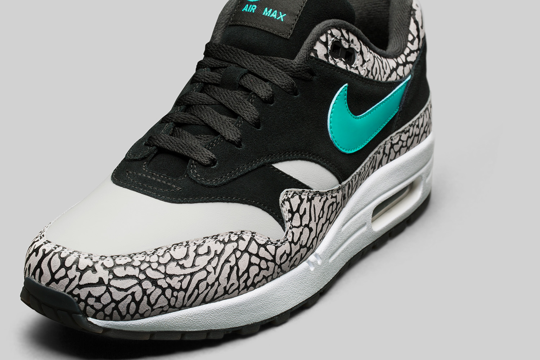 Nike Atmos 5