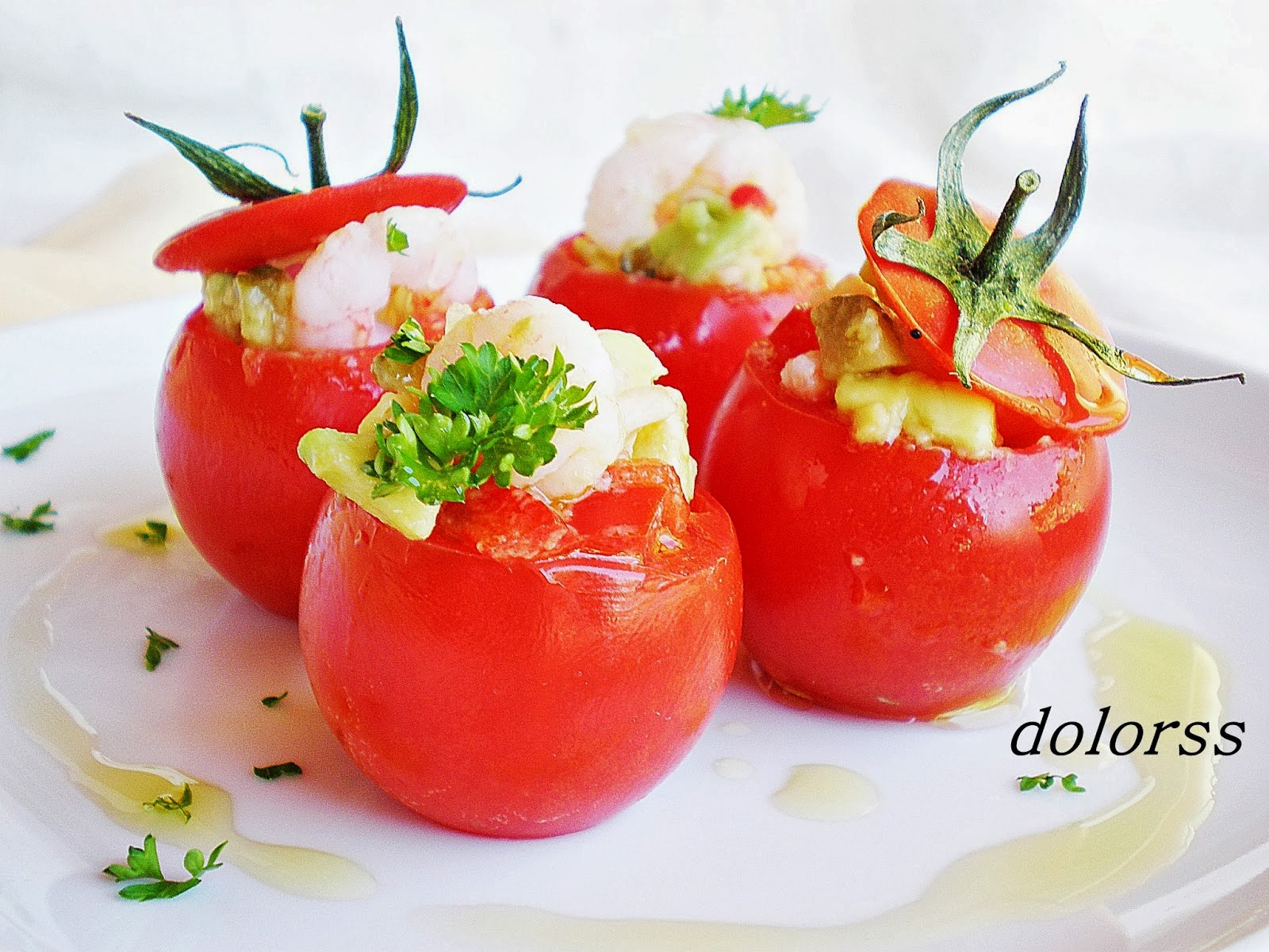 http://blogdecuina.blogspot.com.es/2013/07/tomates-mini-rellenos-de-camarones-y.html