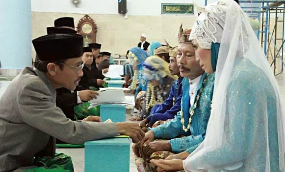 Mulai Bulan Juni 2014 Nikah Gratis