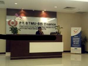PT BTMU-BRI Finance