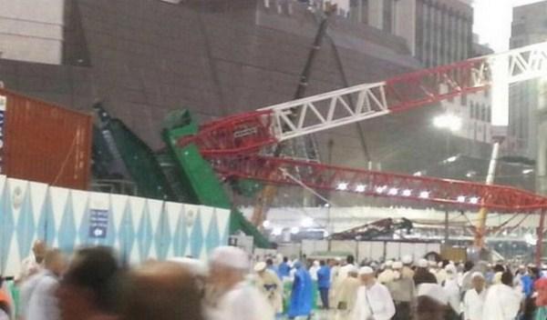 Arab Saudi, Mekkah : Crane Ambruk di Masjid Al Haram, Dan 87 Jama'ah Meninggal