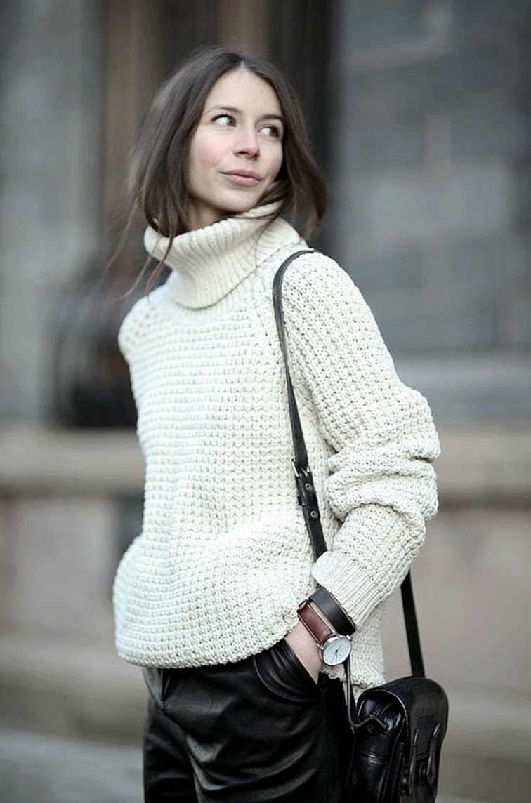 Chunky knitwear cream turtleneck