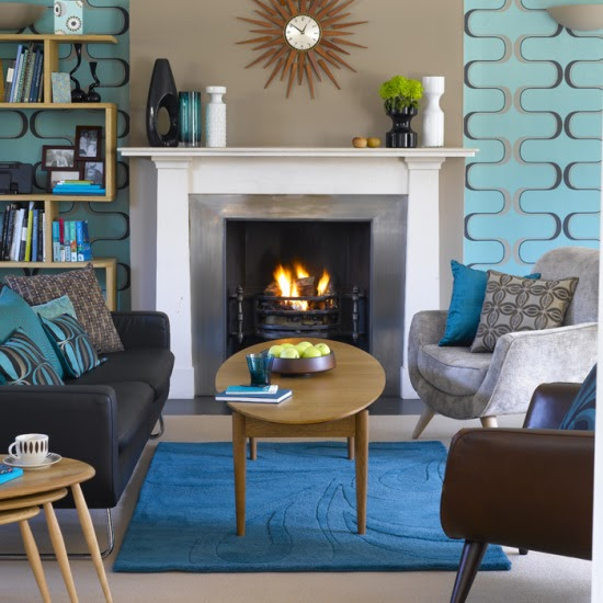 With the turquoise and brown hues in this living room