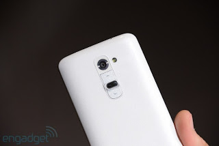 Detailed images of the smartphone LG Optimus G2 launched