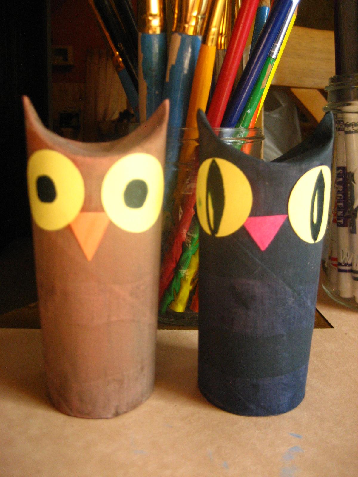 Kira 39 s crafty life blog make it monday toilet paper tube for Toilet paper tube owls