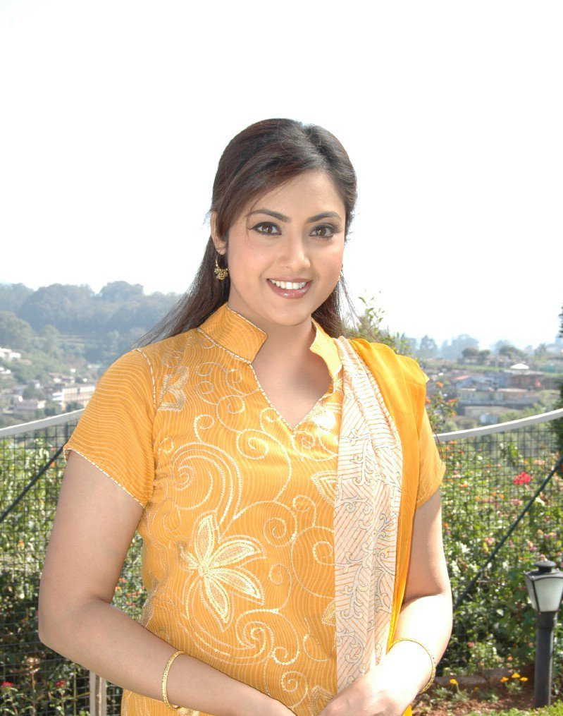 Anushka Shetty - Tamil actress photos-pictures images Actress meena hot images