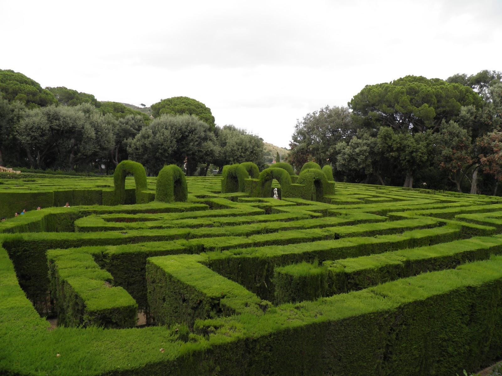Viajar a barcelona laberinto de horta for Jardines de barcelona