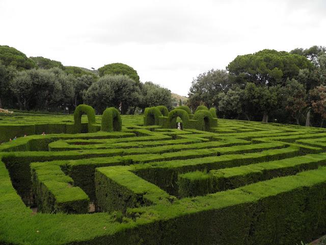 Viajar a barcelona laberinto de horta - Jardines de barcelona ...