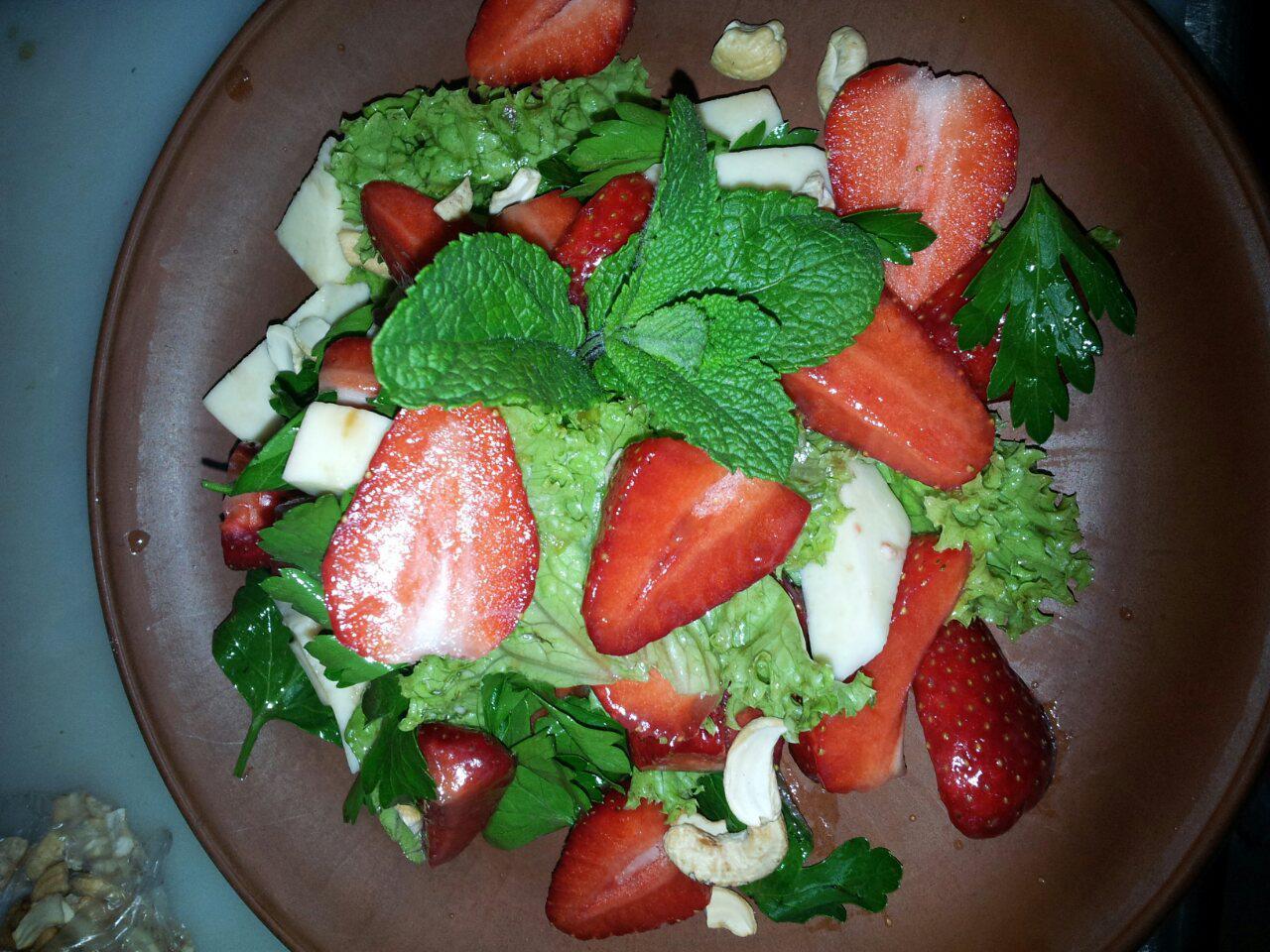 рецепт салат из огурцов пальчики оближешь на зиму пошагово салаты