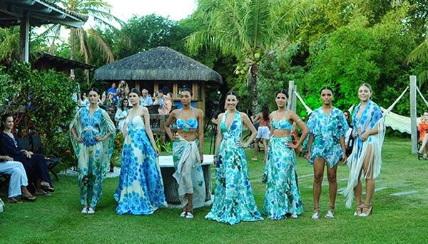 Martha Medeiros desfile coleção Resort 2015 por Helena Bordon