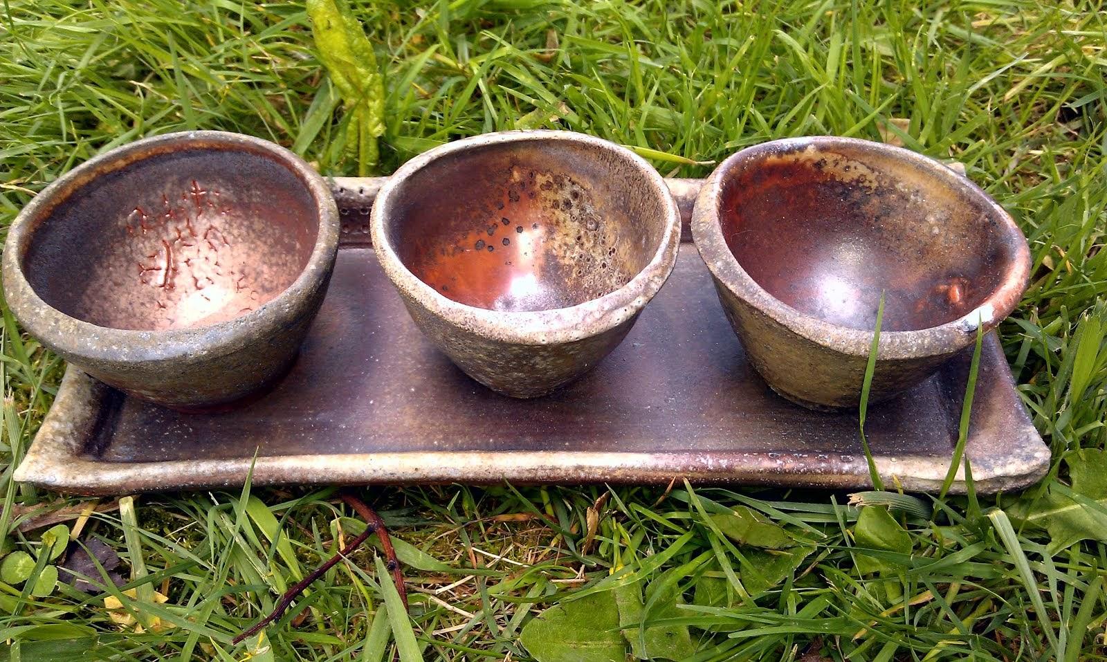 Sauce bowls w/tray