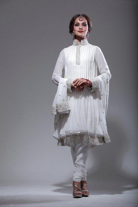Trendy Beautiful Formal Wear For Women