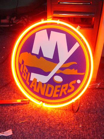 Wiki Neon Sign Blog NHL NY New York Islanders Hockey Neon #2: islander2 JPG