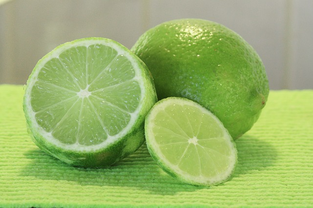 Aluminum in Deodorants Can Cause Breast Cancer. Use Lime to Eliminate Body Odor