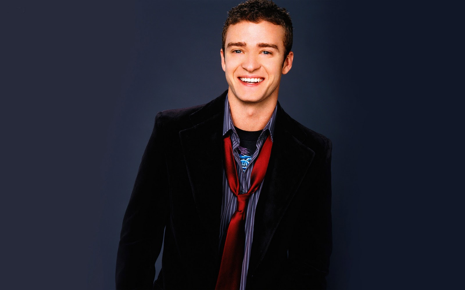 http://1.bp.blogspot.com/-ZGkcOT1ryIU/TuowBmn5GMI/AAAAAAAAAzo/p8YYOeEm1Fs/s1600/Justin-Timberlake-pictures-pc-desktop-Wallpapers-HD-photo-images-11.jpg