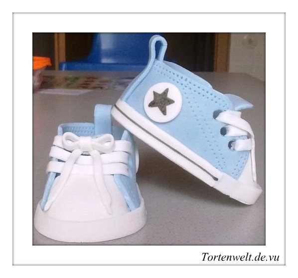 meine tortenwelt babyschuhe aus fondant. Black Bedroom Furniture Sets. Home Design Ideas