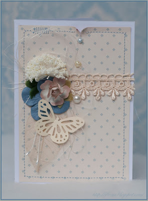 нежная открытка, открытка бежево голубая, машинная строчка, бабочка дырокол,