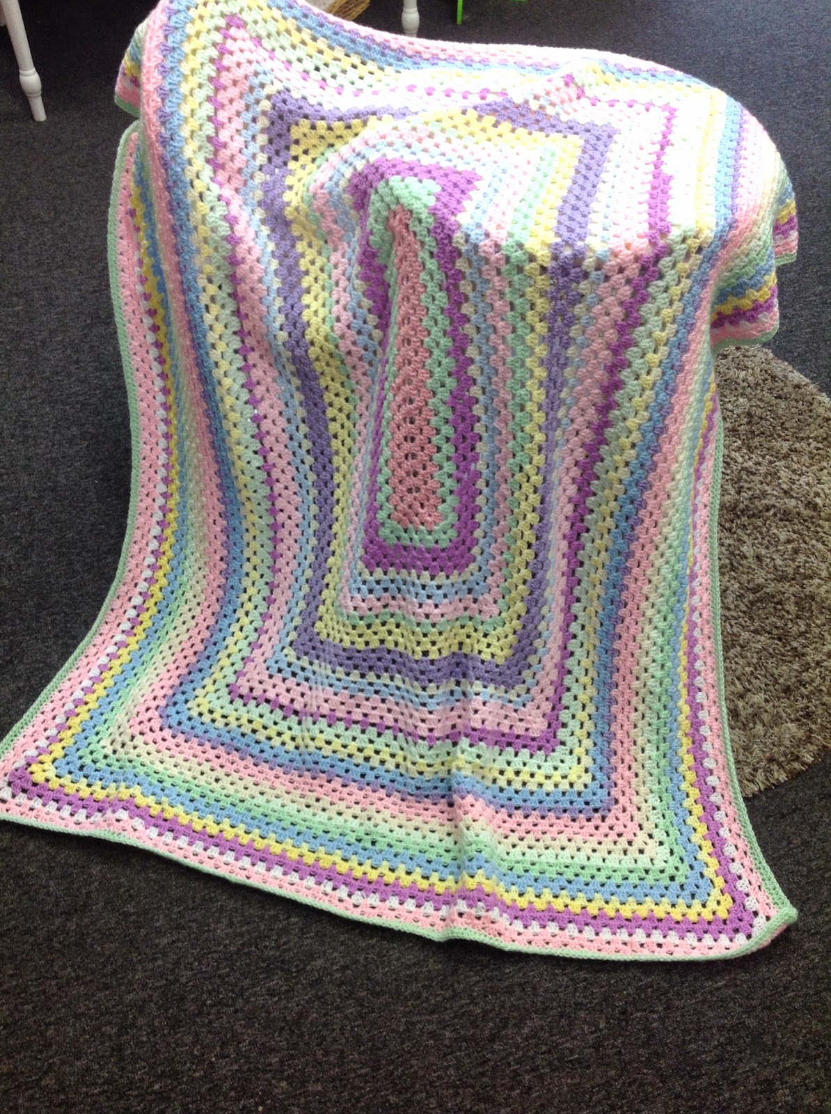 Crochet Patterns Rectangle : Yarn on Yarn off: Stash Blanket - rectangle granny stitch ...