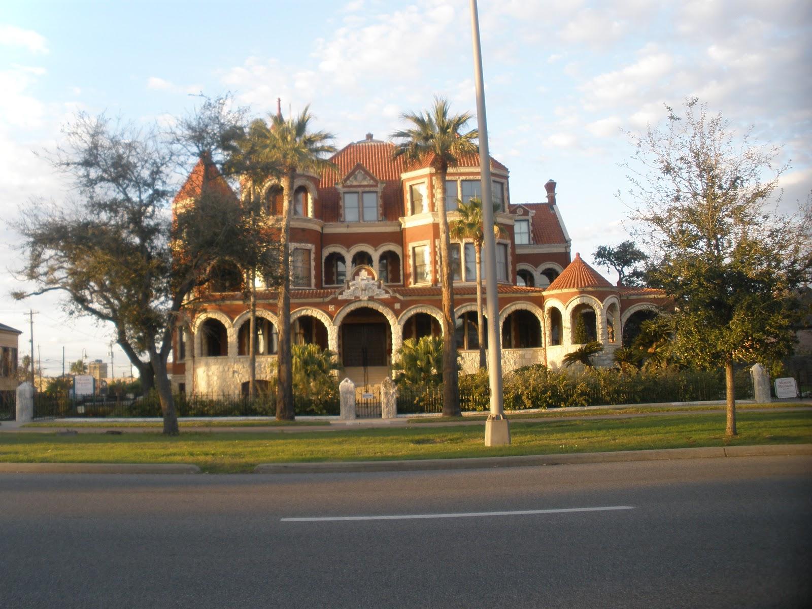 And I Wander: Moody Mansion and Bishop\'s Palace