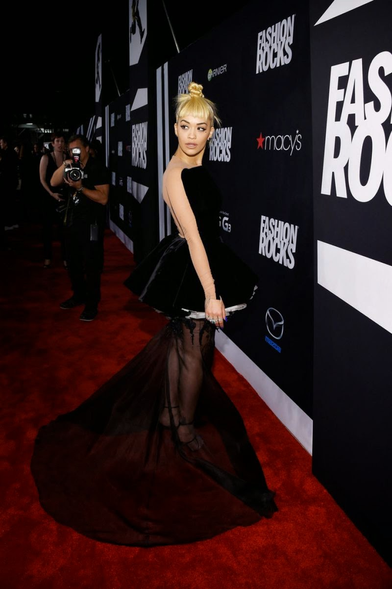 Rita Ora wears a dramatic Stephane Rolland Couture gown to the 2014 Fashion Rocks