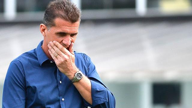 Vagner Mancini chega a Salvador para treinar o Vitória