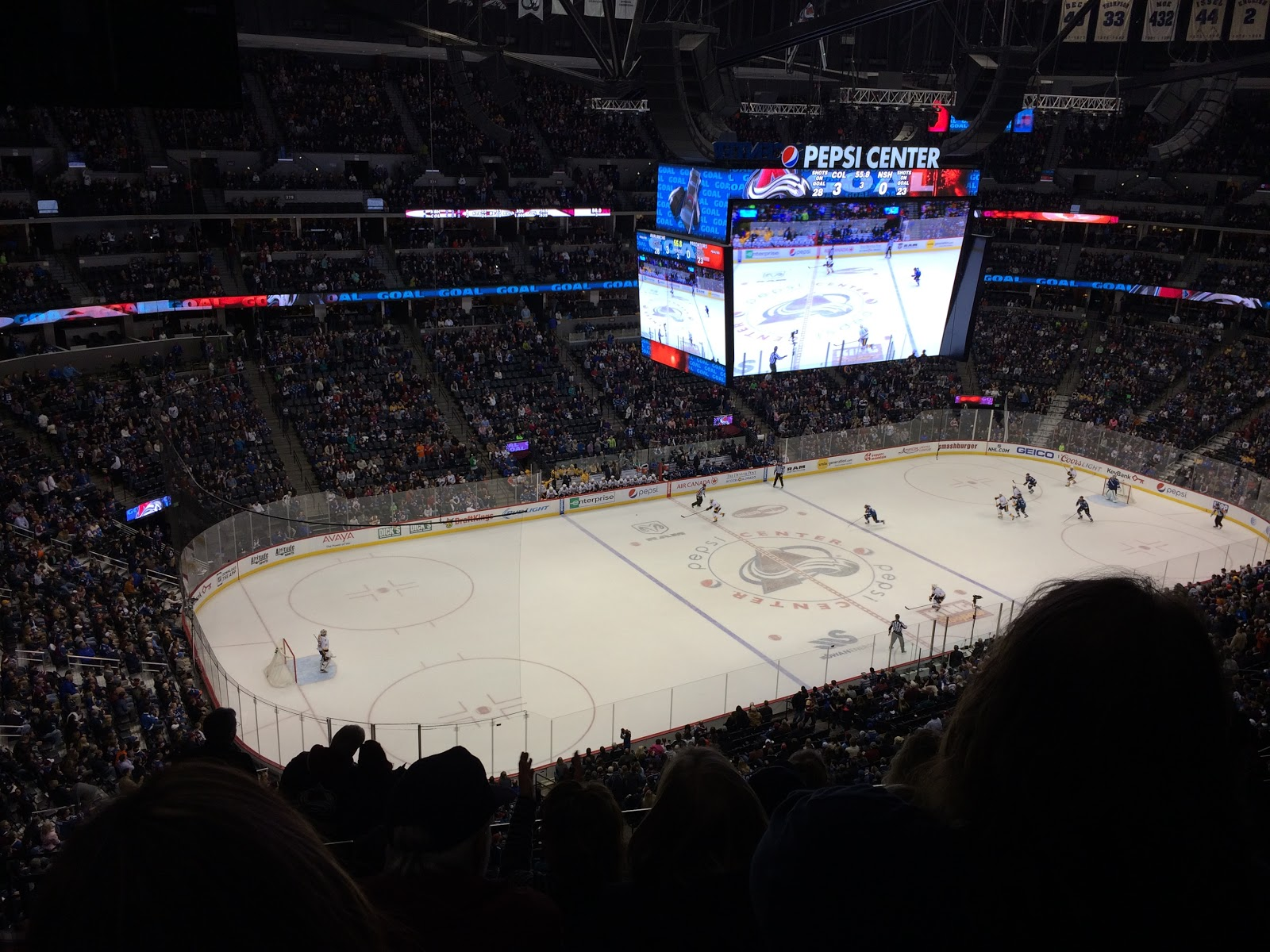 avalanche hockey game