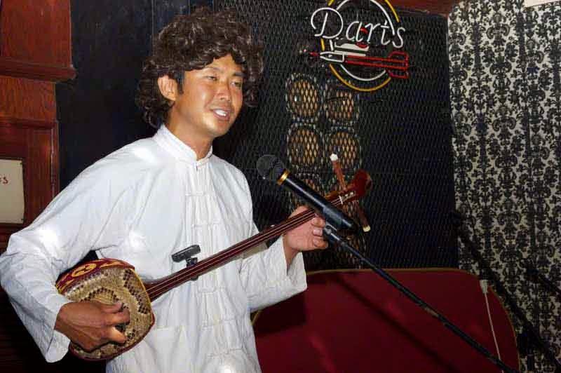 mineo,sanshin,singer