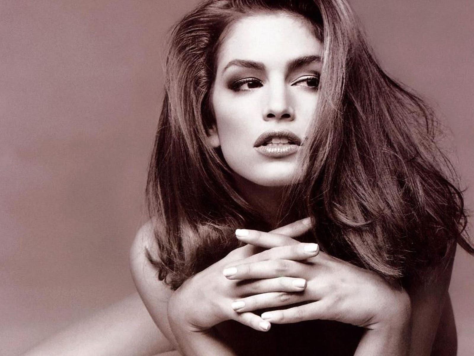 Eniwhere Fashion - Top Models 90's - Cindy Crawford
