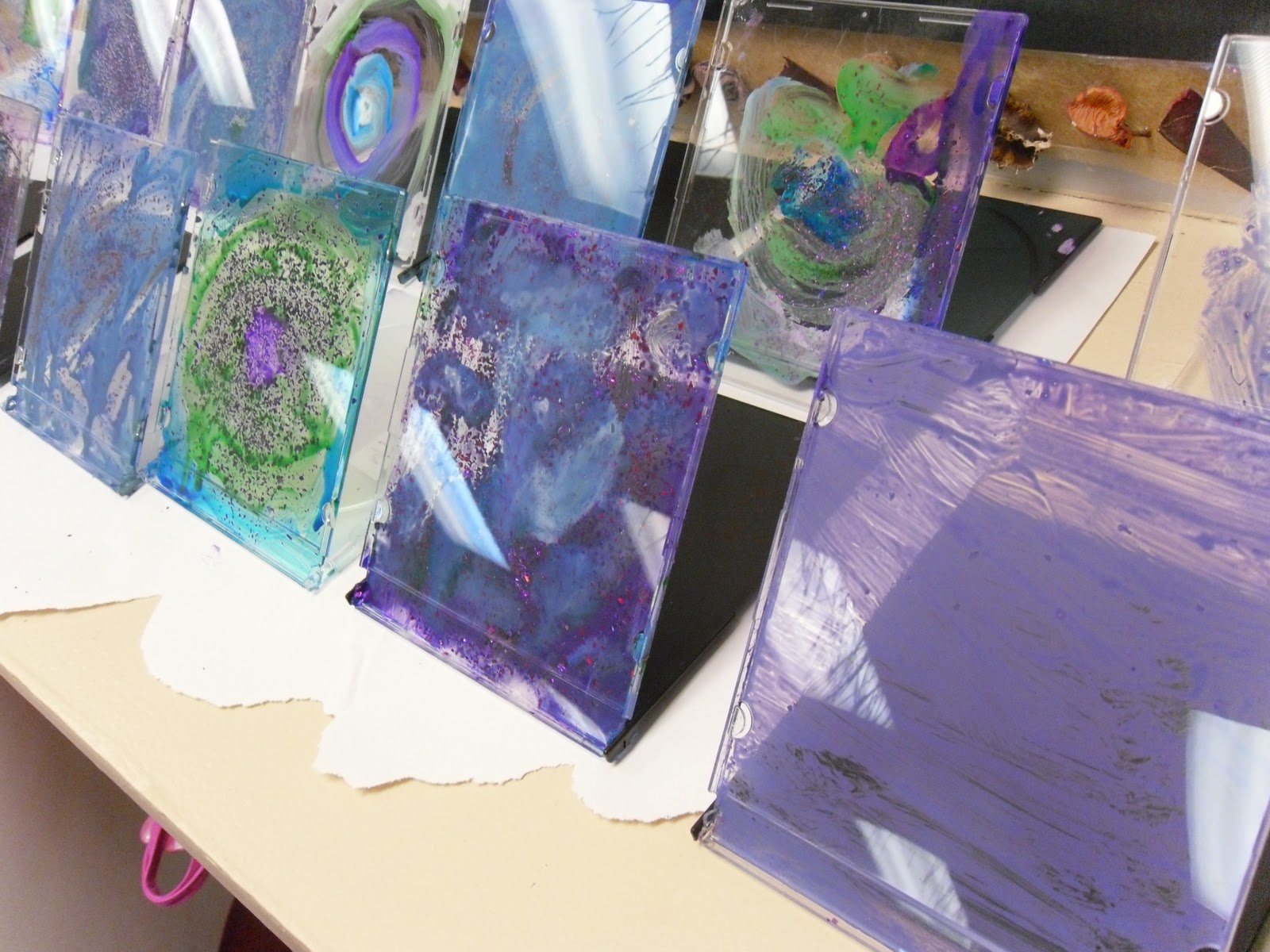 10 New Uses Tuesday {CD Jewel Cases} - Delicate Construction