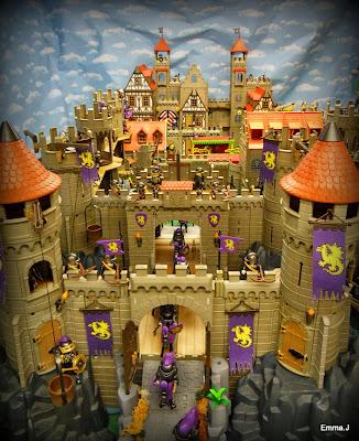 http://emma-j1066.blogspot.co.uk/2014/11/the-castle.html